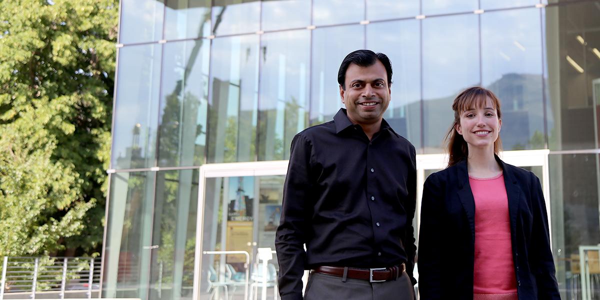 CBE Associate Professor Sumit Agarwal and postdoc Noemi Leick