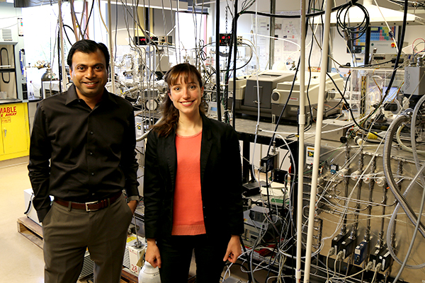 CBE Associate Professor Sumit Agarwal and postdoc Noemi Leick