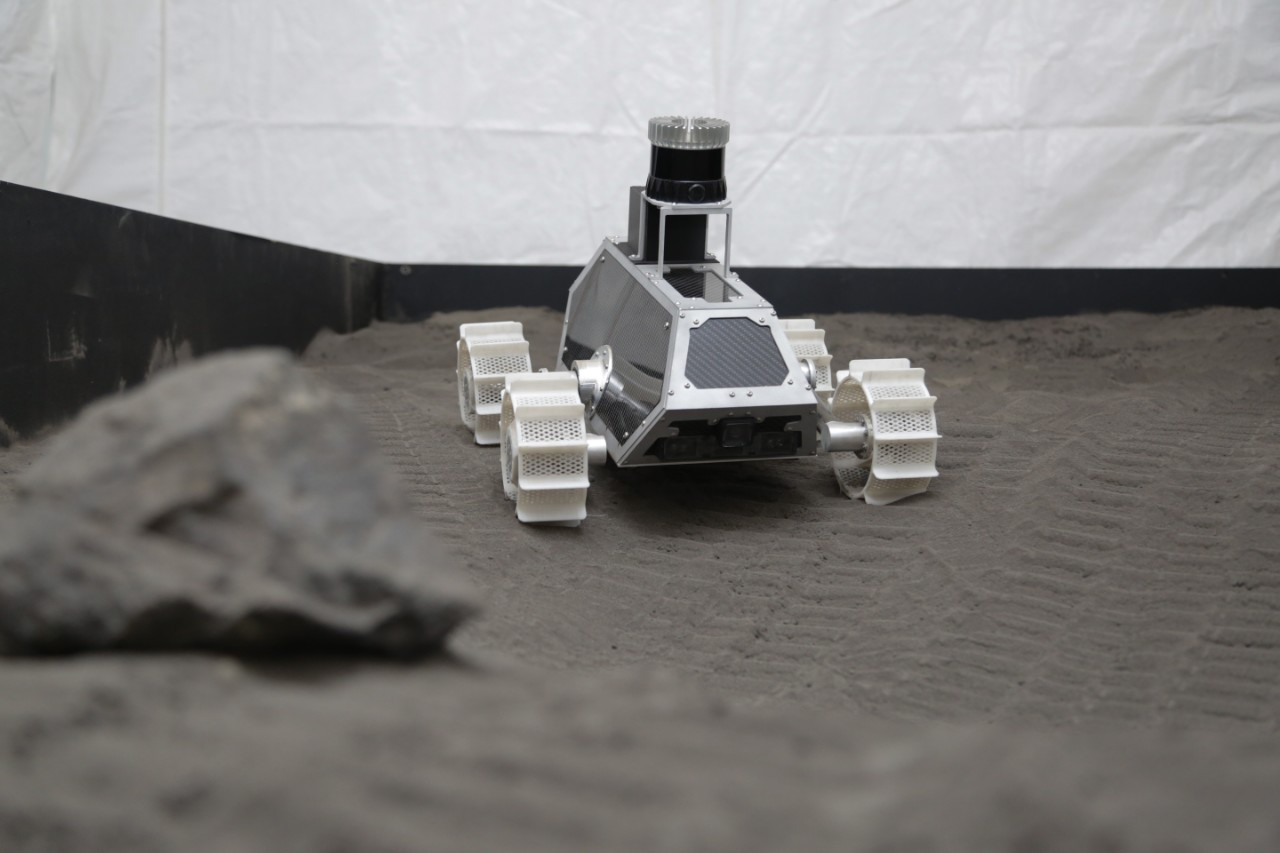 Lunar Outpost rover in the Mines test bed