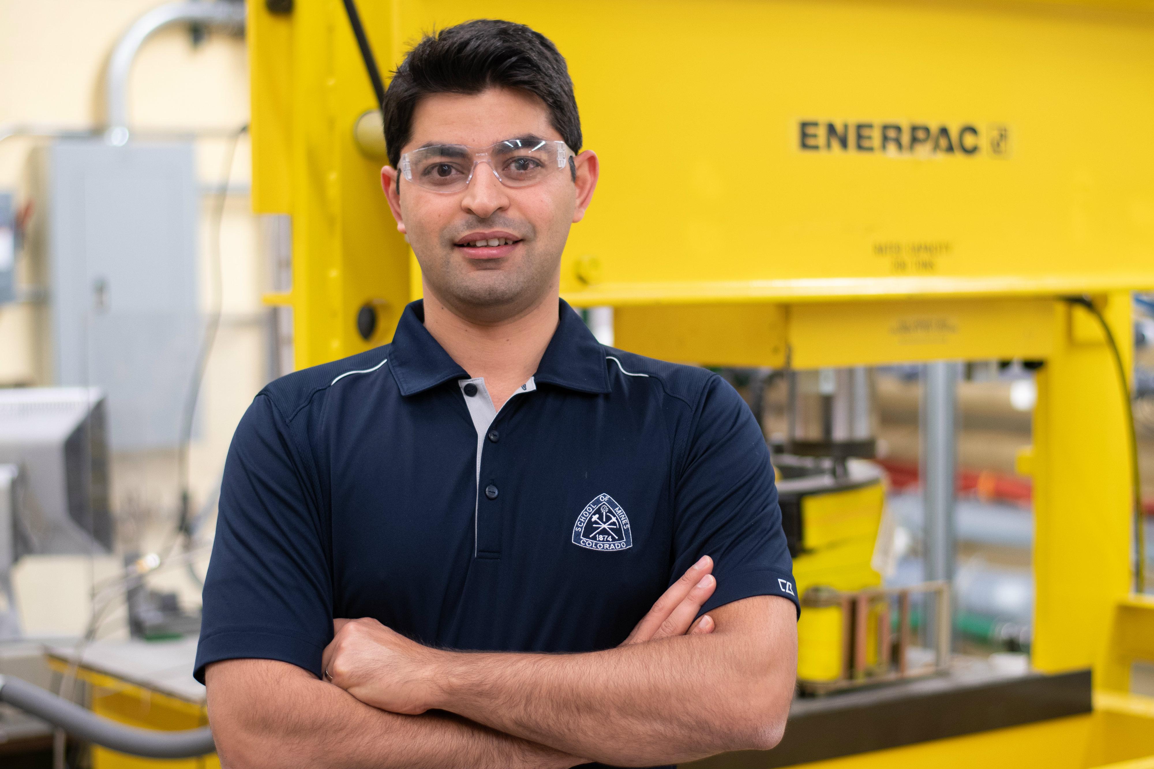 Mines Assistant Professor Reza Hedayat