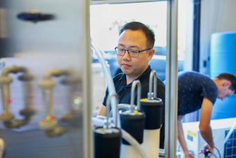 Charlie Liu in the lab at Mines