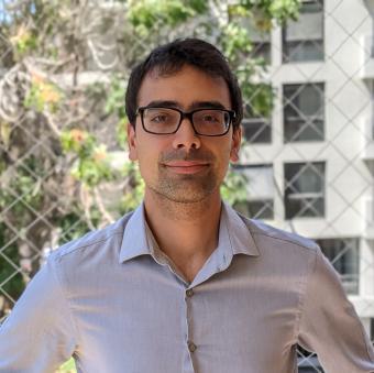 Emilio Castillo headshot