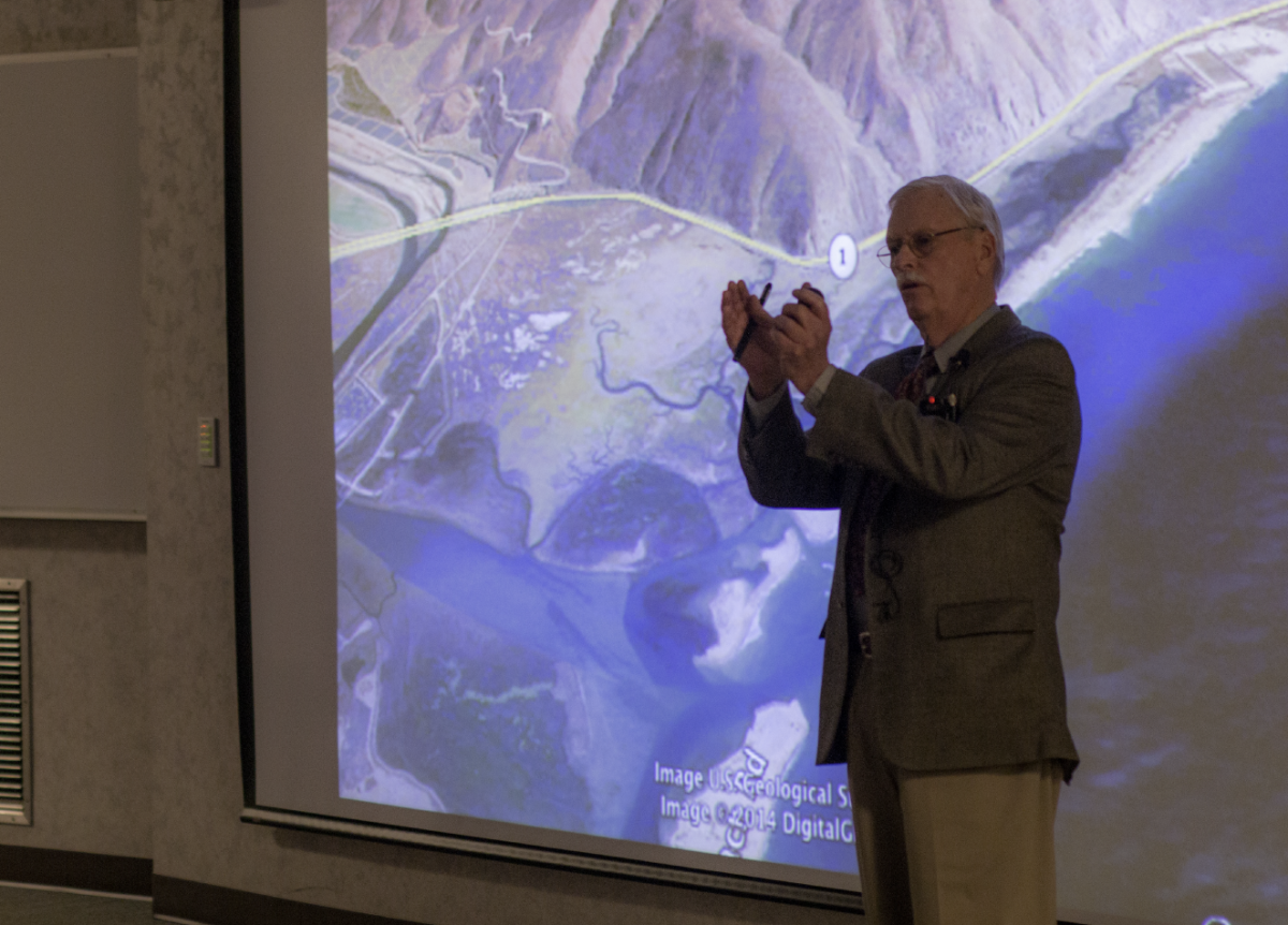 Professor Emertius John Warme reminisces on past expeditions during his keynote speech.